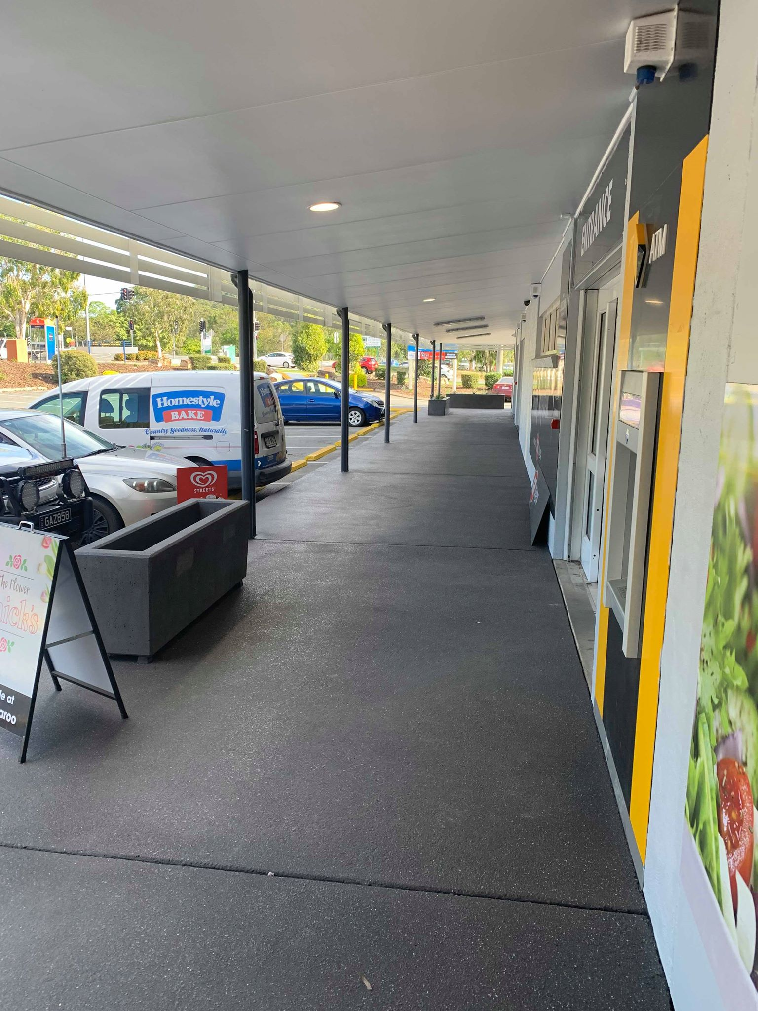 Windaroo Shops